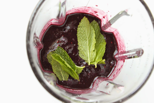 blackberries and mint in a blender