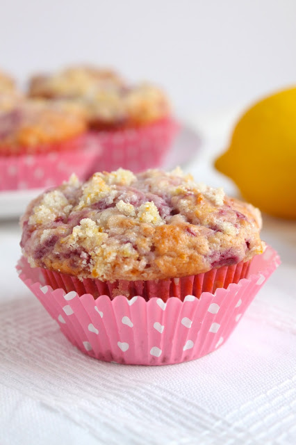 raspberry muffin with lemon sugar topping