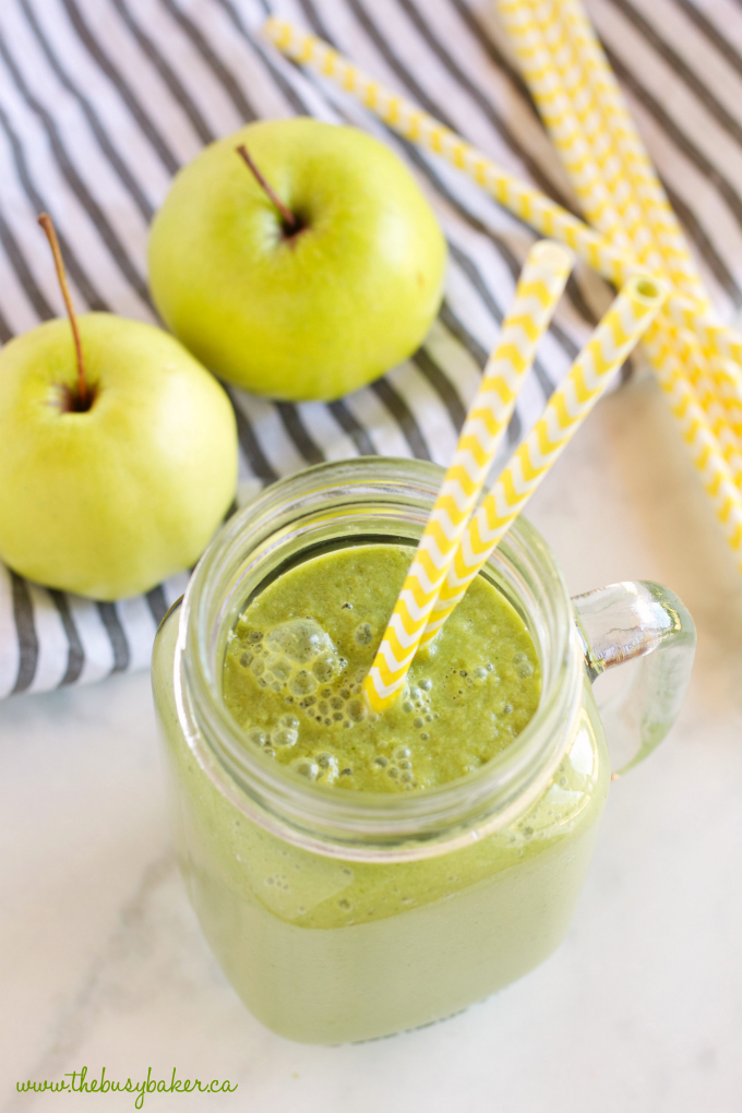 This Green Apple Spinach Smoothie is a sweet and healthy way to start the day! It makes a delicious breakfast packed with nutrients and fibre, and it's a great wholesome snack any time of the day! It can be made vegan and dairy-free! Recipe from thebusybaker.ca! #greensmoothie #applesmoothie #healthysmoothie #dairyfreesmoothie #dairyfreebreakfast