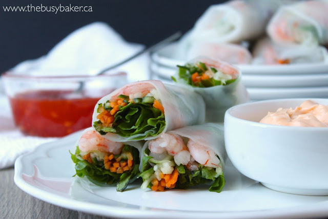 vegetable spring rolls with shrimp and a side of creamy sriracha dipping sauce