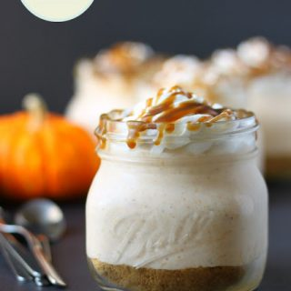 no bake pumpkin cheesecakes in mason jars