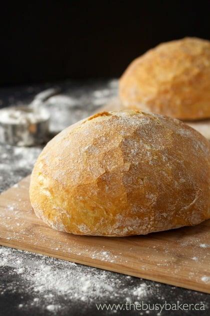 Easy No-Knead Artisan Bread