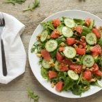 healthy arugula salad with grapefruit