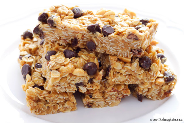gluten free peanut butter granola bars with chocolate chips