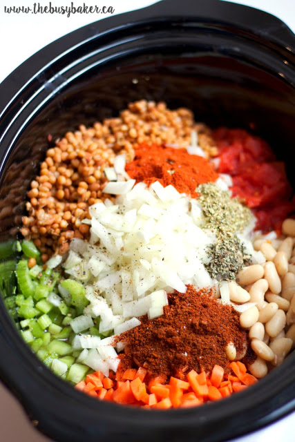 ingredients to make slow cooker vegan chili