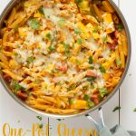 Cheesy One Pot Hawaiian Pizza Pasta