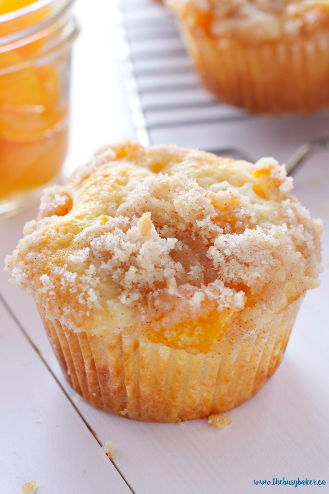 Peach Cobbler Muffins with crispy topping