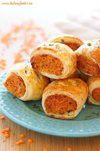 https://thebusybaker.ca/2016/11/vegetarian-red-lentil-sausage-rolls.html