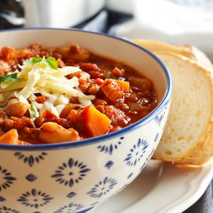 Crock Pot Vegetarian Chili (Slow Cooker)