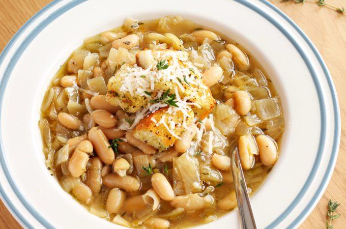 Crock Pot White Bean French Onion Soup