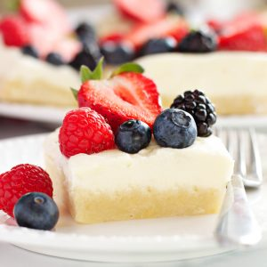 Berry Cheesecake Sugar Cookie Bars