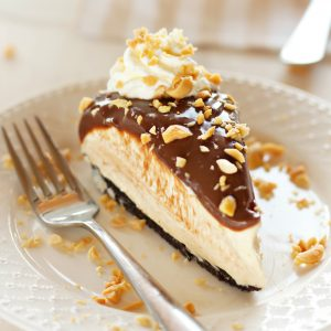 No Bake Creamy Peanut Butter Chocolate Cheesecake