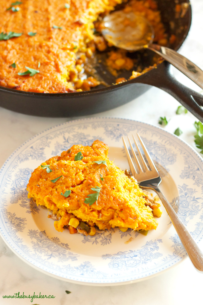 This Turkey Sweet Potato Shepherd's Pie is a delicious and healthy spin on the traditional British Shepherd's Pie made with lean turkey meat and sweet potatoes! It's the perfect family meal made in only one skillet, in 40 minutes or less!