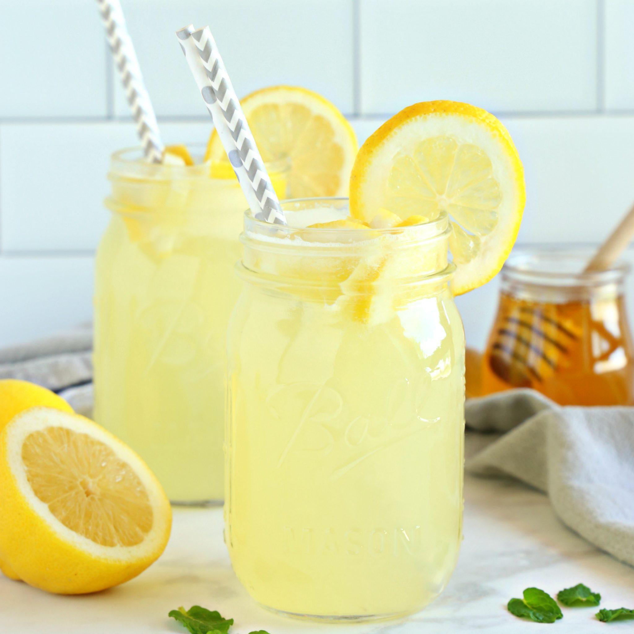 Healthy 3 Ingredient Lemonade Refined Sugar Free The Busy Baker