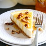 Healthy Honey Greek Yogurt Cheesecake