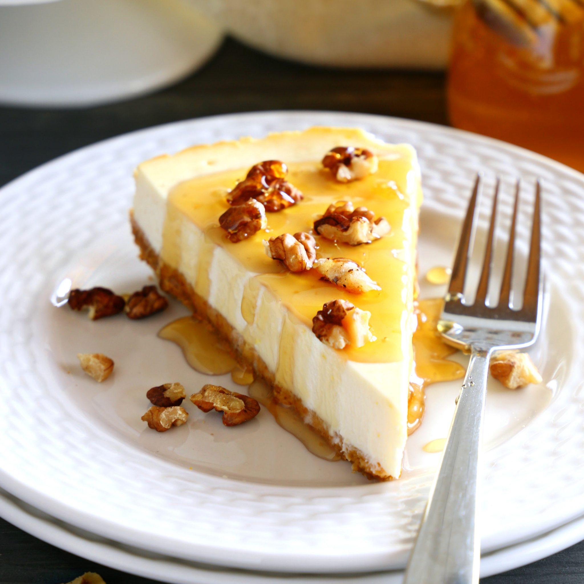 Healthy Honey Greek Yogurt Cheesecake Low Fat The Busy Baker
