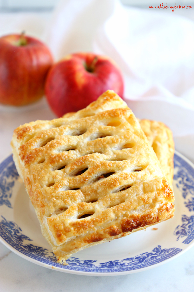 Easy Homemade Apple Strudel on blue vintage plate with red apples