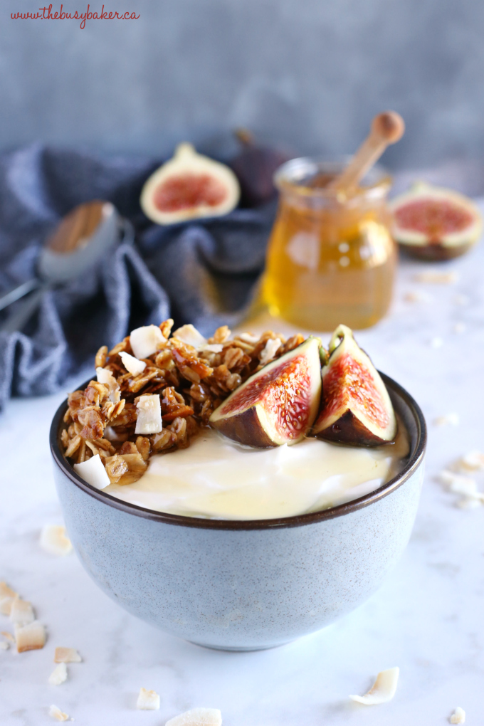 Healthy Honey and Fig Breakfast Bowls with fresh figs