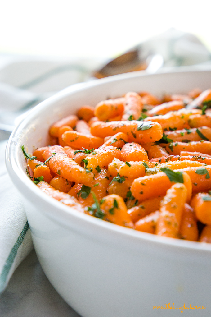 Garlic Butter Roasted Carrots with butter and parsley