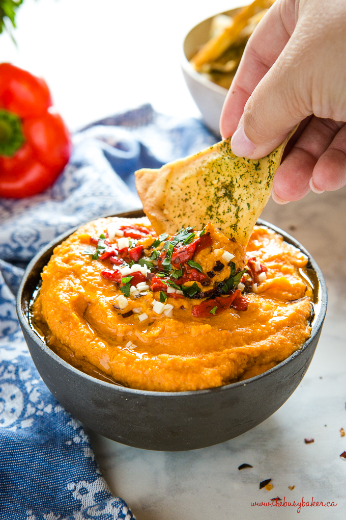 roasted red pepper hummus with pita chips