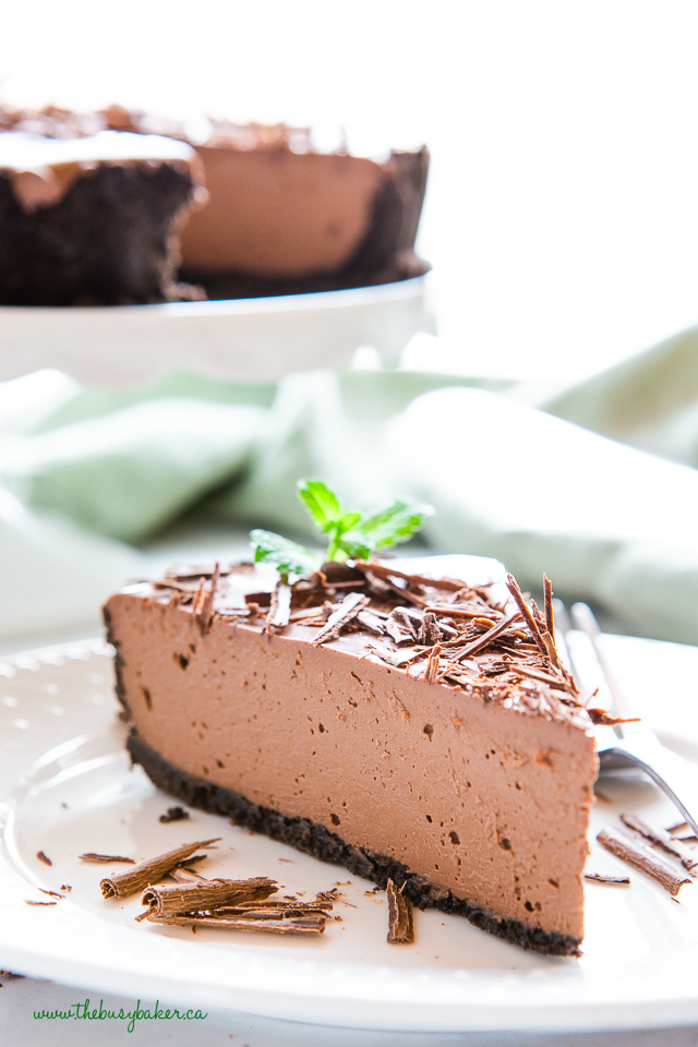 slice of vegan chocolate mint tart
