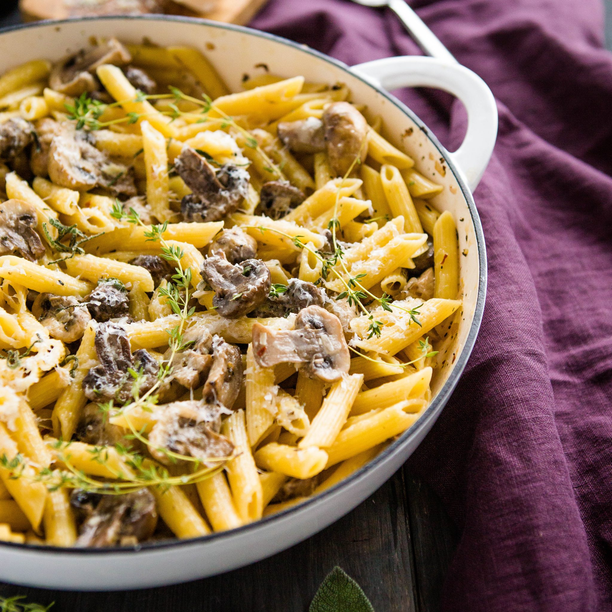 Creamy Mushroom Champagne Pasta The Busy Baker
