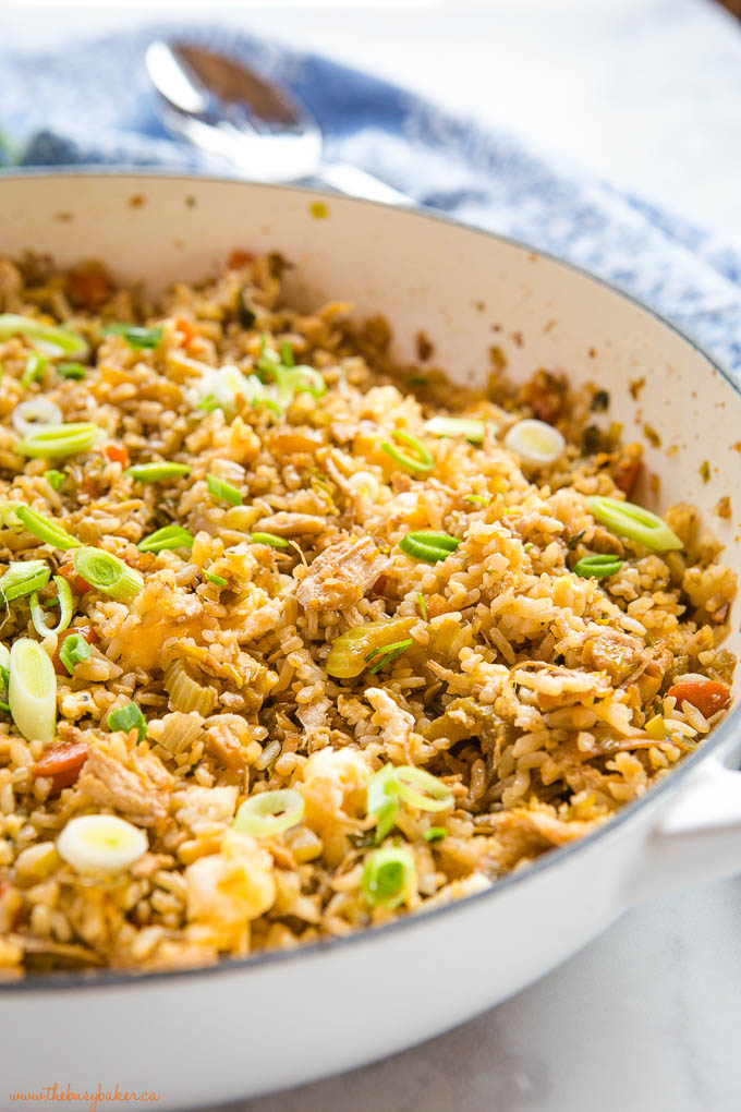 quick and easy chicken fried rice in white pan