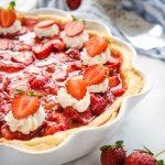 Classic Fresh Strawberry Pie