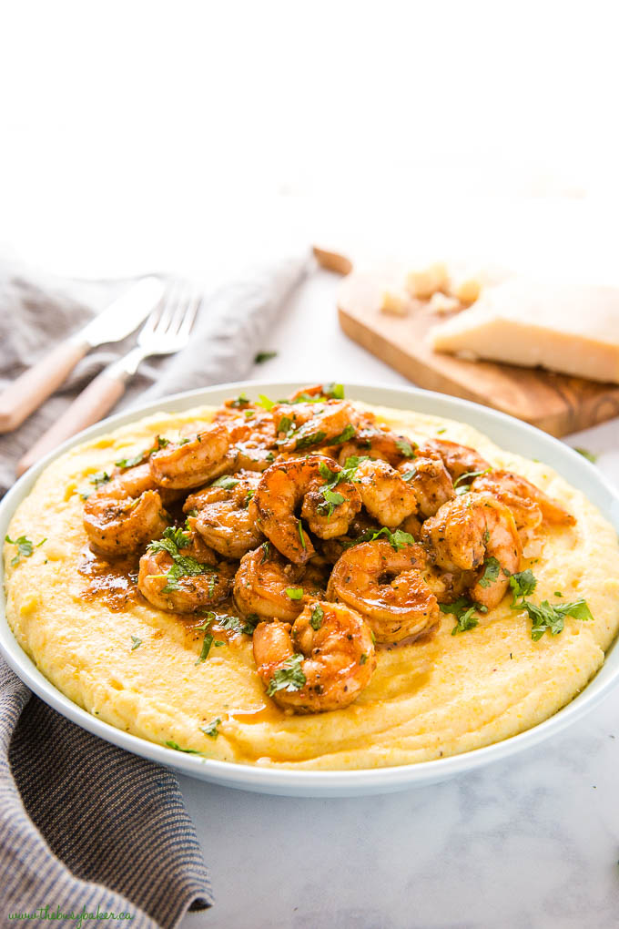 shrimp and grits in blue bowl
