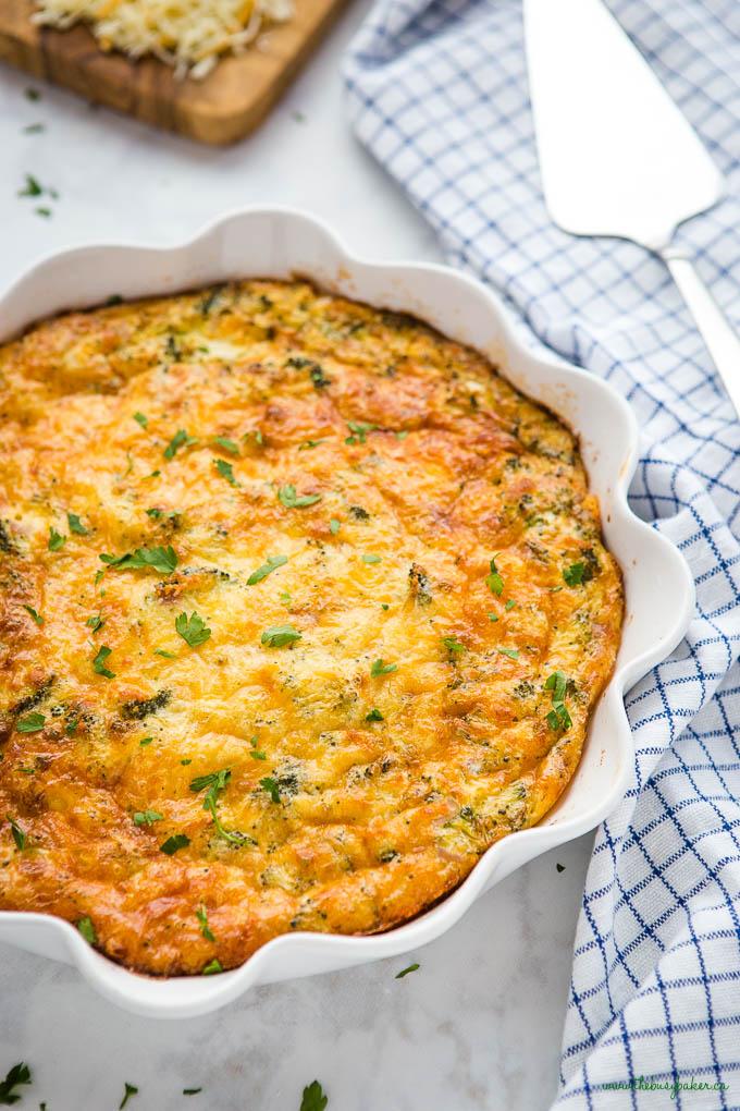 crustless quiche in white pie dish