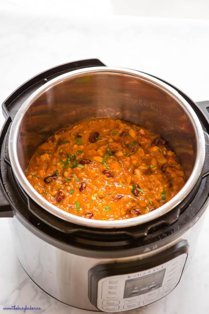 instant pot with vegan chili